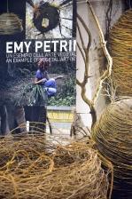 Emy Petrini, un esempio dell'arte vegetale in Italia. Installazione su aera Master Flower di Flormart curato da diADE adv
